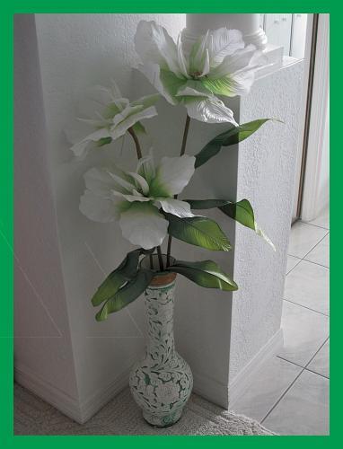 Artificial Flowers In Big Vase Flowers Healthy